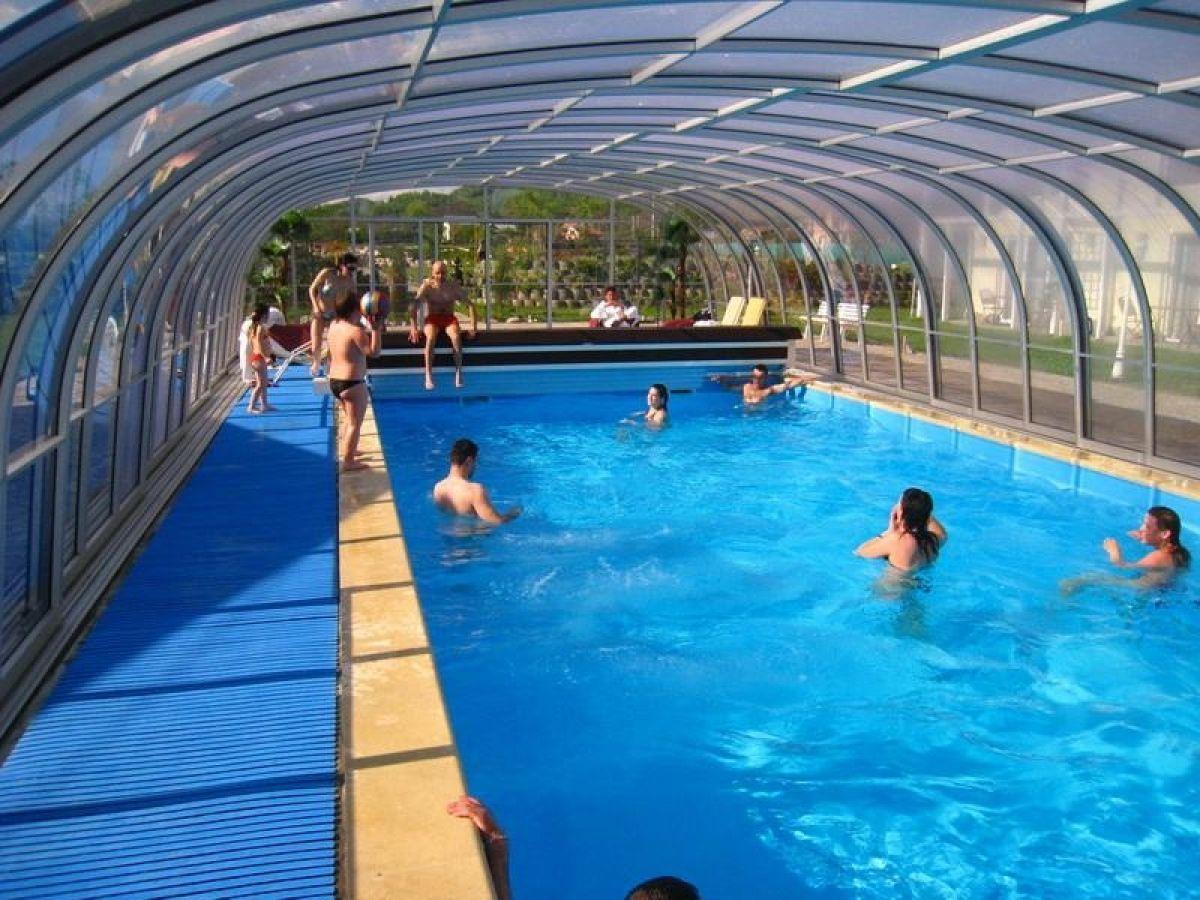 V ati facut calcule pentru piscinele de la cornisa uitati for Club piscine pools