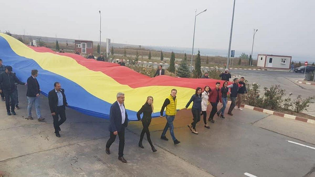 Un tricolor urias a unit putin Romania si Republica Moldova